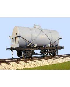 Cyl. Tank Wagon (undec.). Bausatz